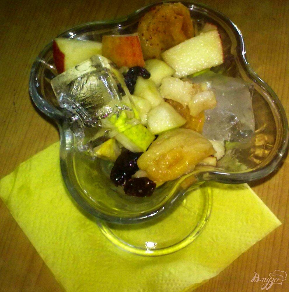 Фото приготовление рецепта: Салат из фруктов со льдом шаг №5