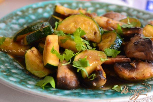 Рецепт Гарнир из грибов и цукини
