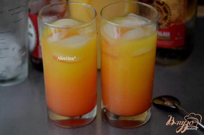 Фото приготовление рецепта: Мексиканский восход шаг №2