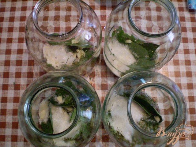 Фото приготовление рецепта: Огурцы консервированные шаг №5