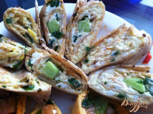 Рецепт Сырный салат в пшеничной лепешке