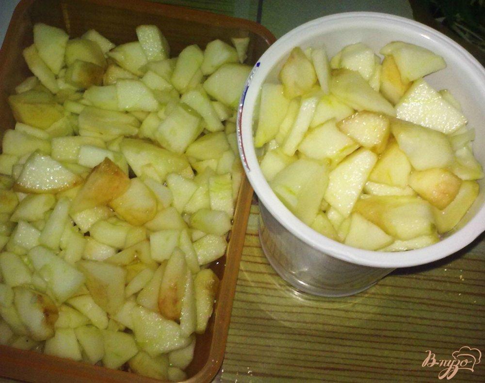 Фото приготовление рецепта: Замороженные яблоки шаг №4