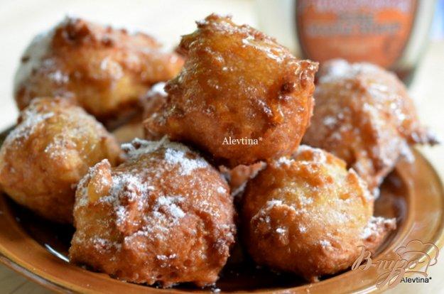 фото рецепта: Пончики с кленовым сиропом