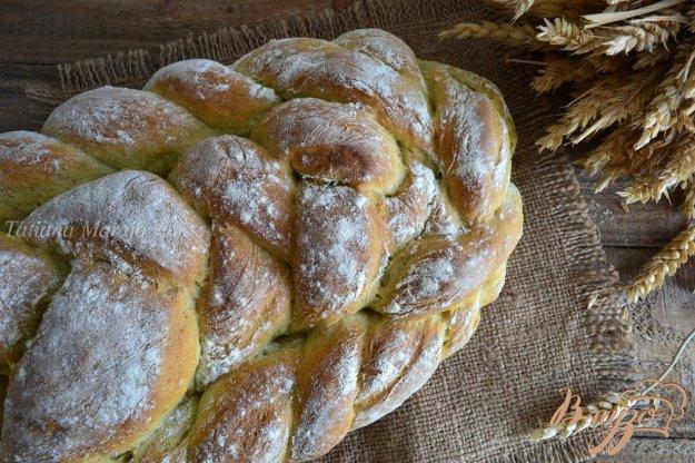 фото рецепта: Базиликово-чесночный  хлеб