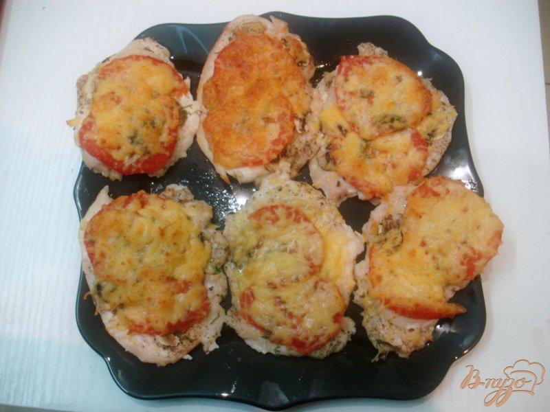 Фото приготовление рецепта: Отбивные с помидорами шаг №8