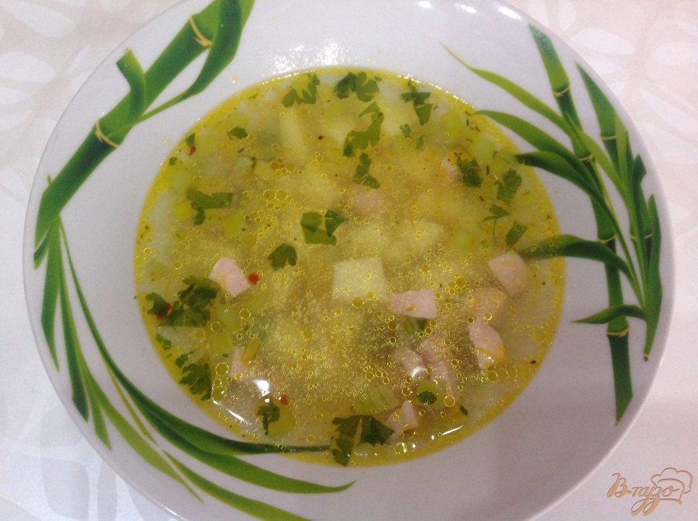 Фото приготовление рецепта: Гороховый суп с сосисками шаг №6