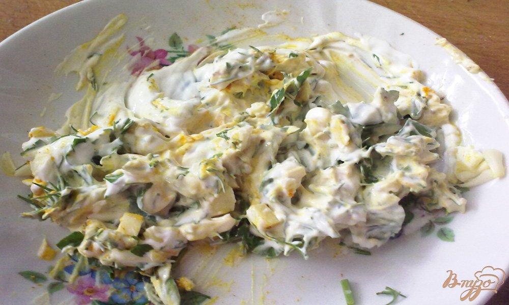 Фото приготовление рецепта: Куриное филе в шубке шаг №5