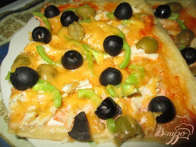 Рецепт Пицца с оливками, курицей и болгарским перцем