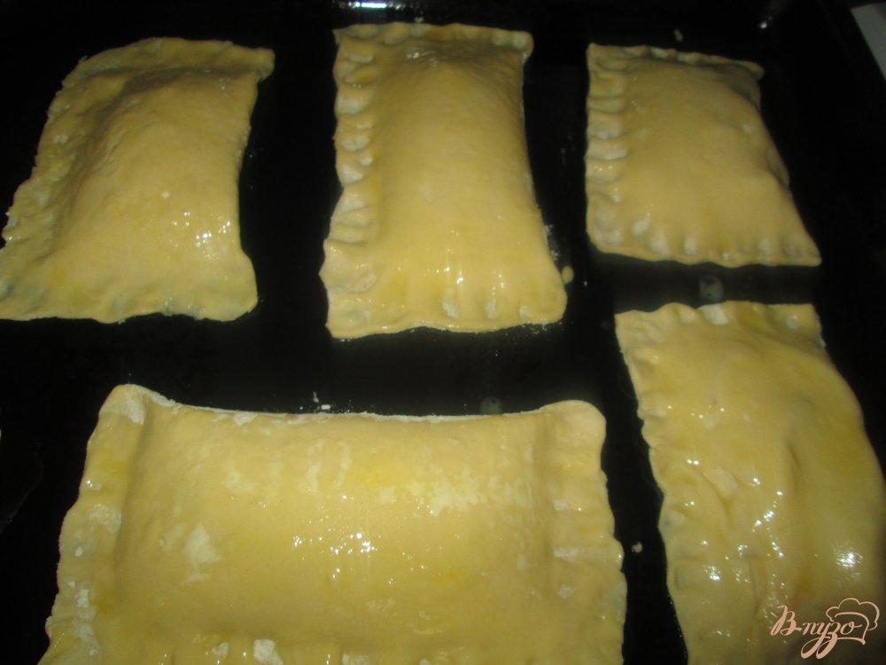 Фото приготовление рецепта: Слойки с яблоками шаг №6