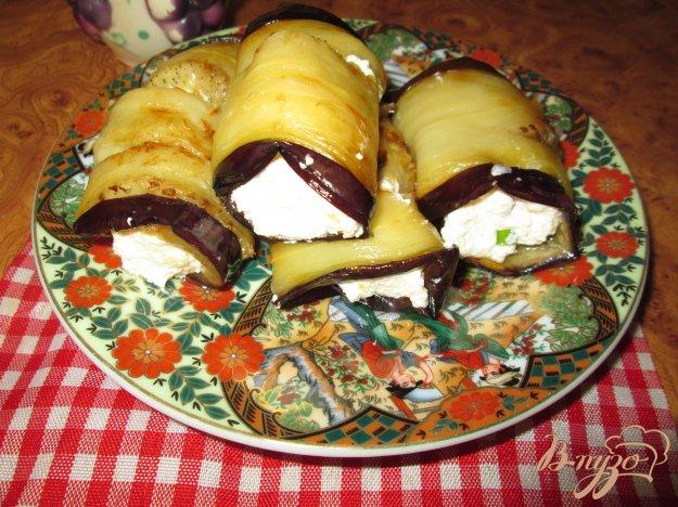 Рецепт Рулетики из баклажанов с творогом и чесноком