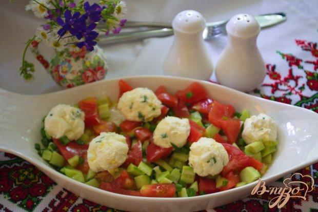 Салат с шариками из феты