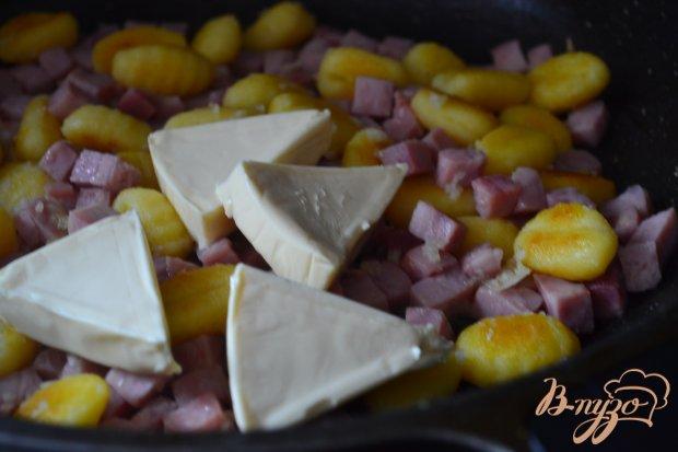Ньокки с ветчиной и сыром