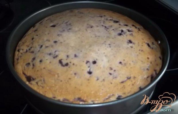 Кукурузный пирог с творогом и черникой