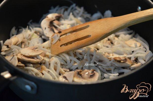 Фаршированные сладкие перцы с грибами и фаршем