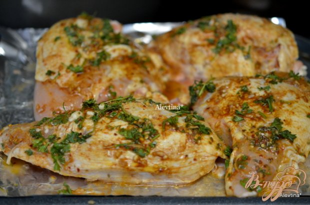 Куриные грудки под соусом пири-пири