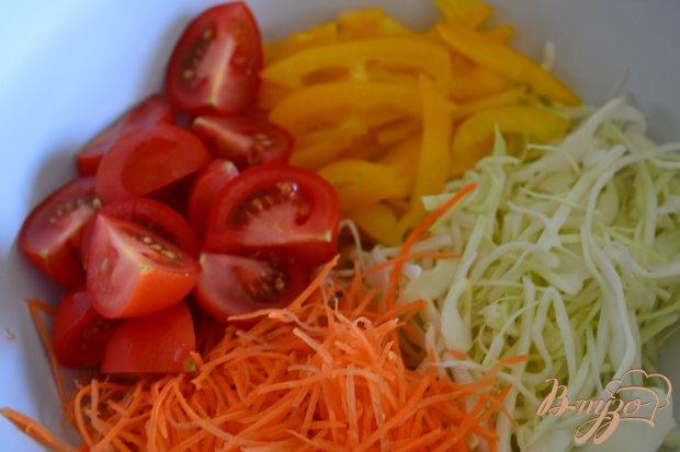 Овощной салат с орешками кешью