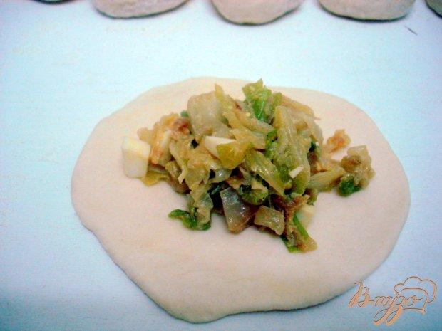 Пирожки со свежей капустой