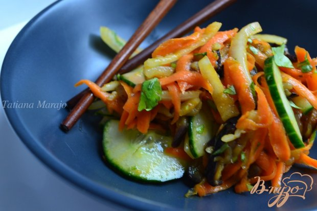 Салат с морковью и баклажанами