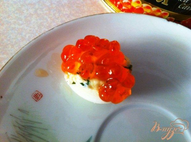 Закуска из перепелиных яиц и икры