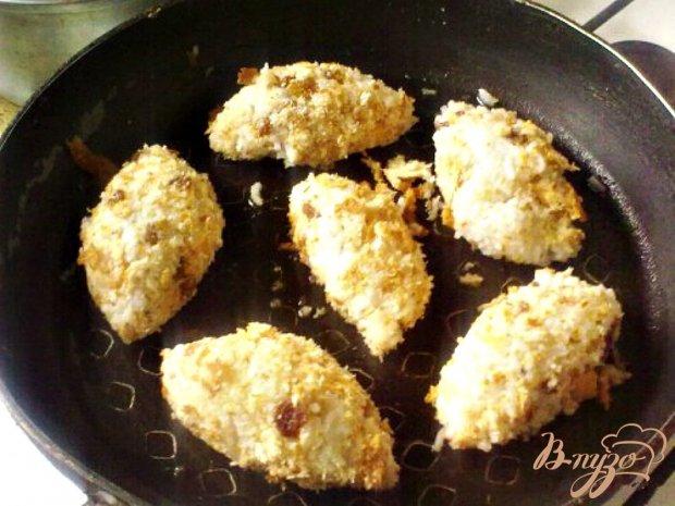 Рисовые котлеты с грибным соусом