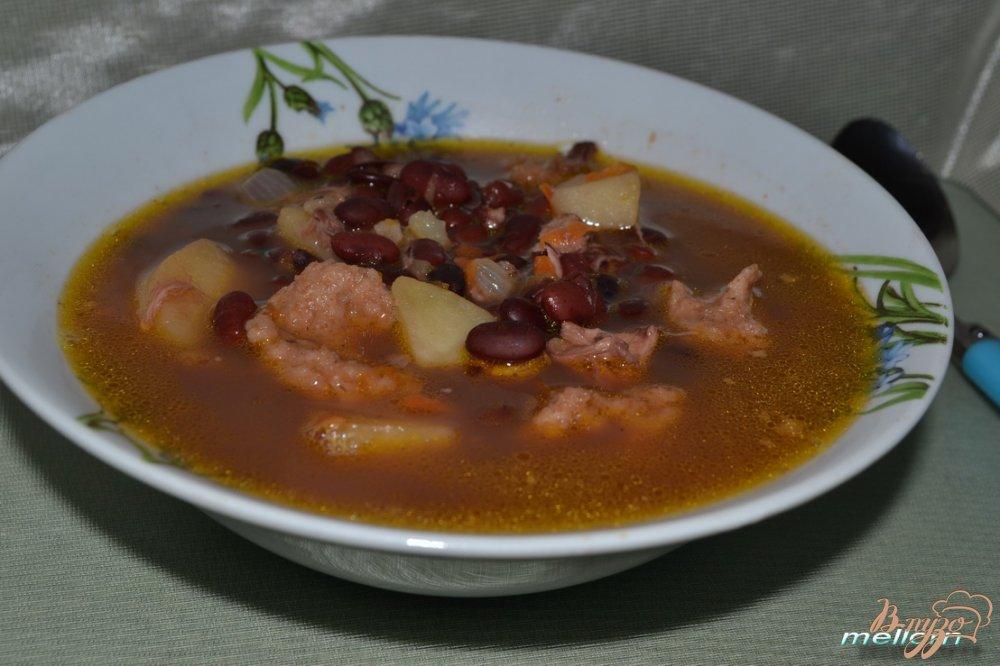 Фото приготовление рецепта: Фасолевый суп с клецками из цельнозерновой муки шаг №6