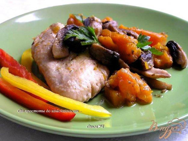 Рецепт Курица с тыквой, шампиньонами и майораном (в мультиварке)