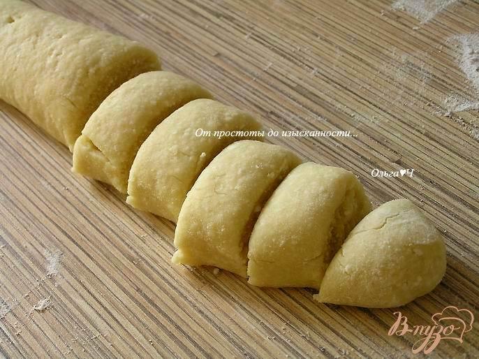 Фото приготовление рецепта: Творожные пряники в шоколаде шаг №4