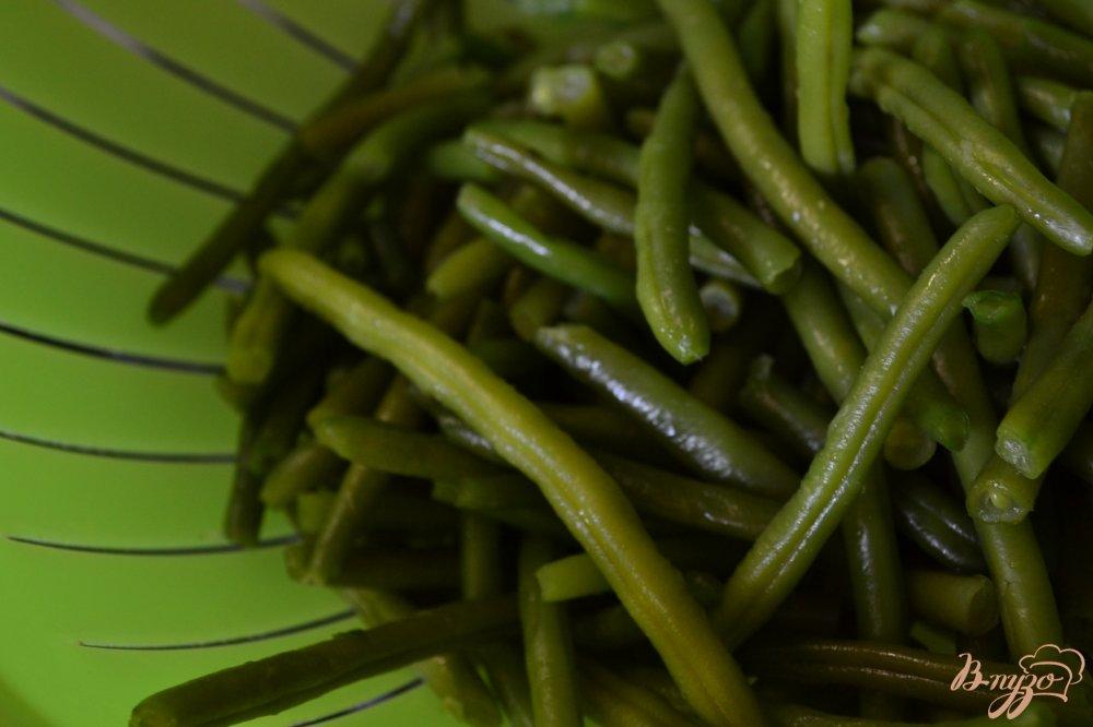 Фото приготовление рецепта: Салат со свеклой и стручковой фасолью шаг №1
