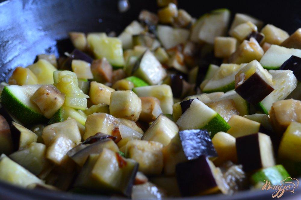 Фото приготовление рецепта: Тушеные овощи с копченой куриной грудкой шаг №1