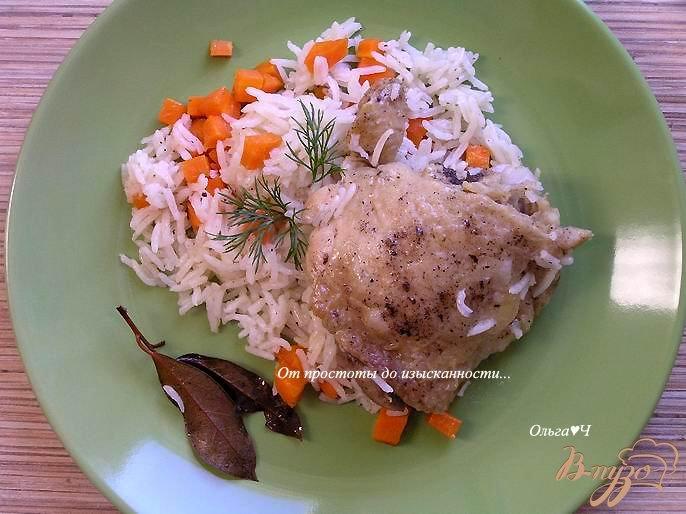 Фото приготовление рецепта: Курица с рисом (в мультиварке) шаг №5