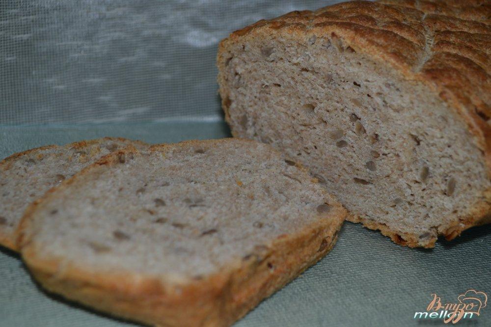 Фото приготовление рецепта: Ржано-пшеничный хлеб с семечками шаг №6