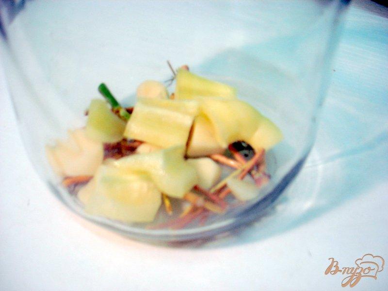 Фото приготовление рецепта: Помидоры маринованные, пряные шаг №4