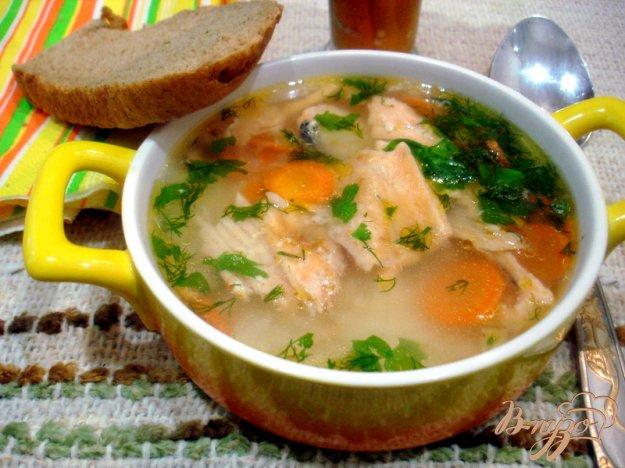 фото рецепта: Бульон из хребтов лосося с рисом