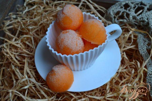 фото рецепта: Шарики дыни (заморозка на зиму)