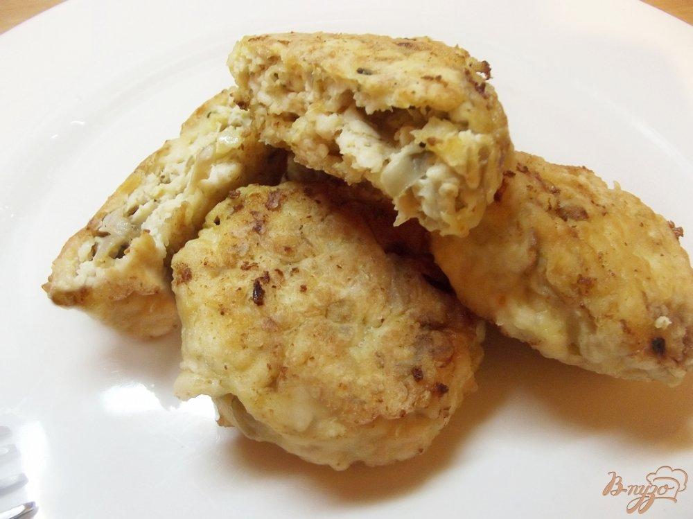 Фото приготовление рецепта: Котлеты куриные с грибами шаг №7