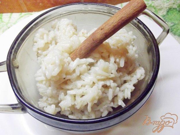 фото рецепта: Восточный рис в соевом соусе с корицей