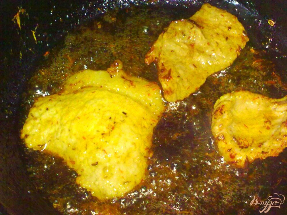 Фото приготовление рецепта: Свинина(говядина) в ароматном соусе шаг №6