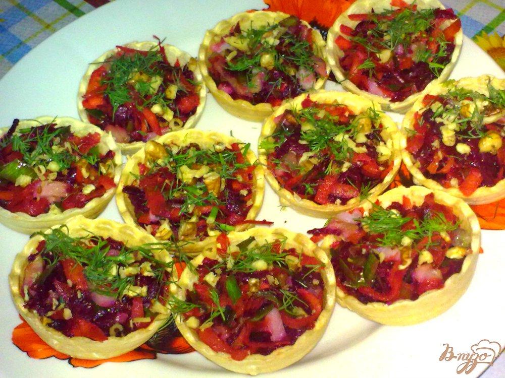 Фото приготовление рецепта: Тарталетки с сельдью шаг №7