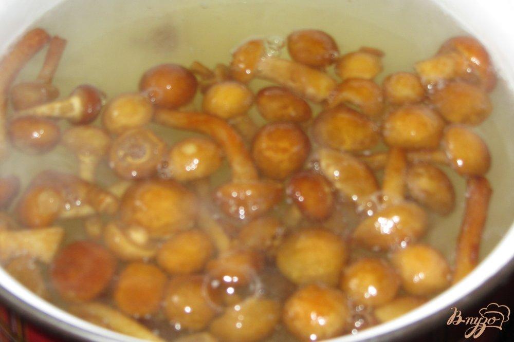 Фото приготовление рецепта: Гороховый суп с опятами. шаг №1
