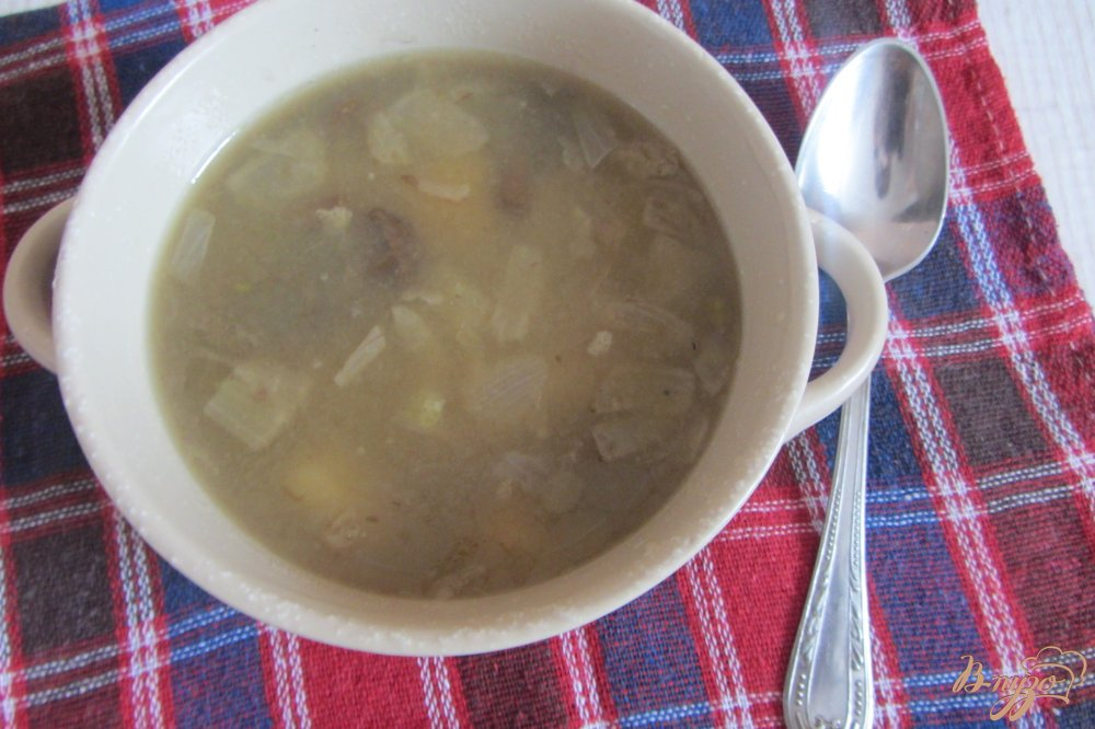 Фото приготовление рецепта: Гороховый суп с опятами. шаг №7