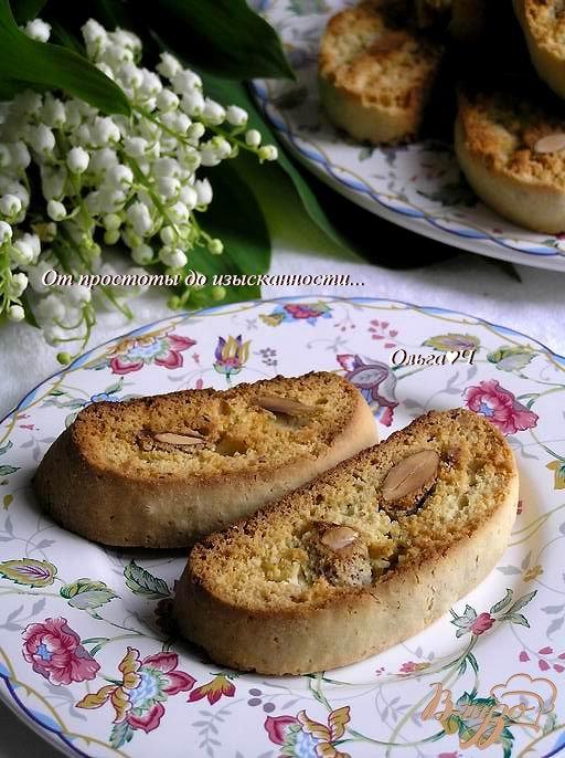 Лимонно-лаймовые бискотти с миндалем