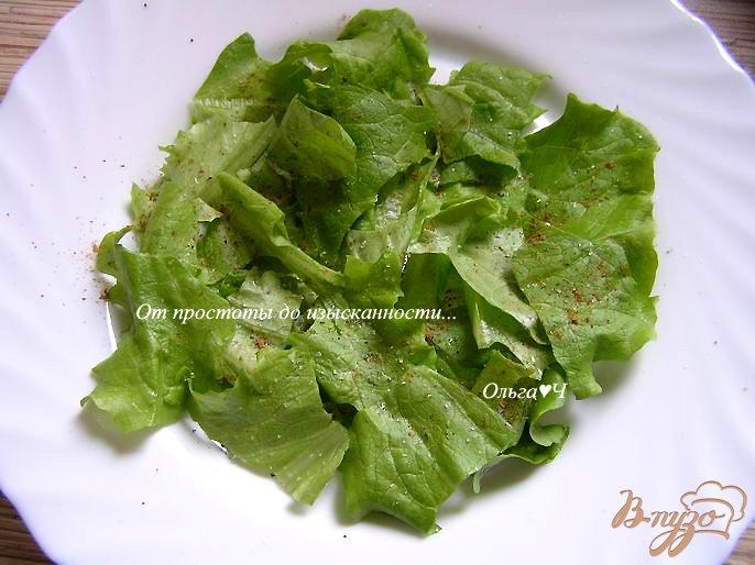 Фото приготовление рецепта: Салат с нутом, сладким перцем и кабачком шаг №3