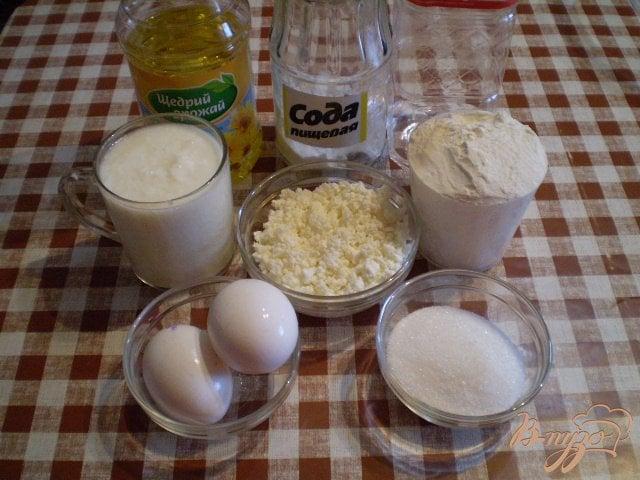 Фото приготовление рецепта: Творожные оладьи шаг №1
