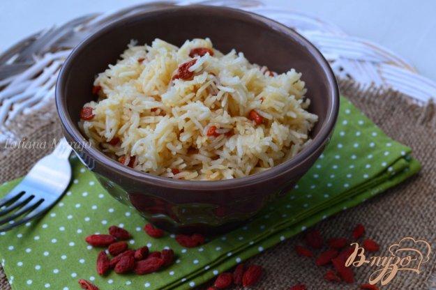 Рецепт Отварной рис с ягодами годжи