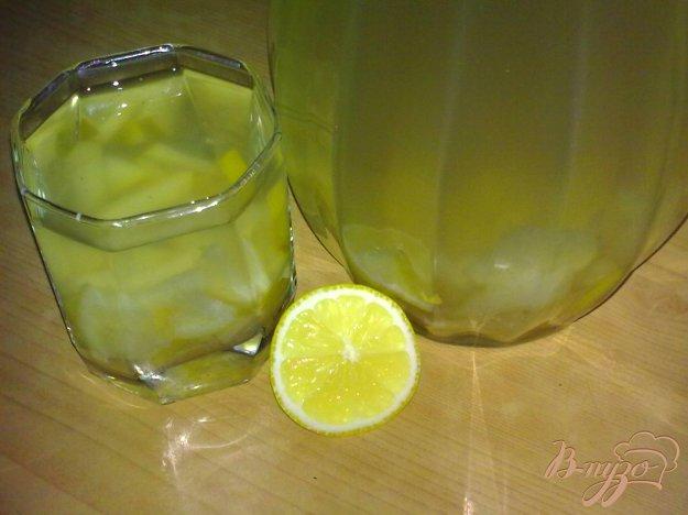 Рецепт Компот из груш с лимоном и пряностями