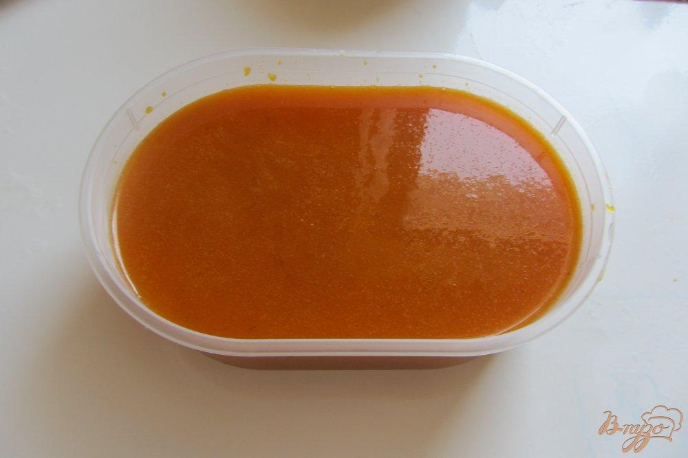 Фото приготовление рецепта: Перетерта облепиха с сахаром без косточек шаг №7