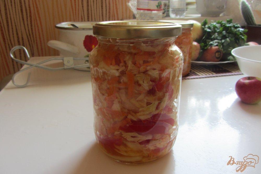 Фото приготовление рецепта: Салат консервированый осенний шаг №10