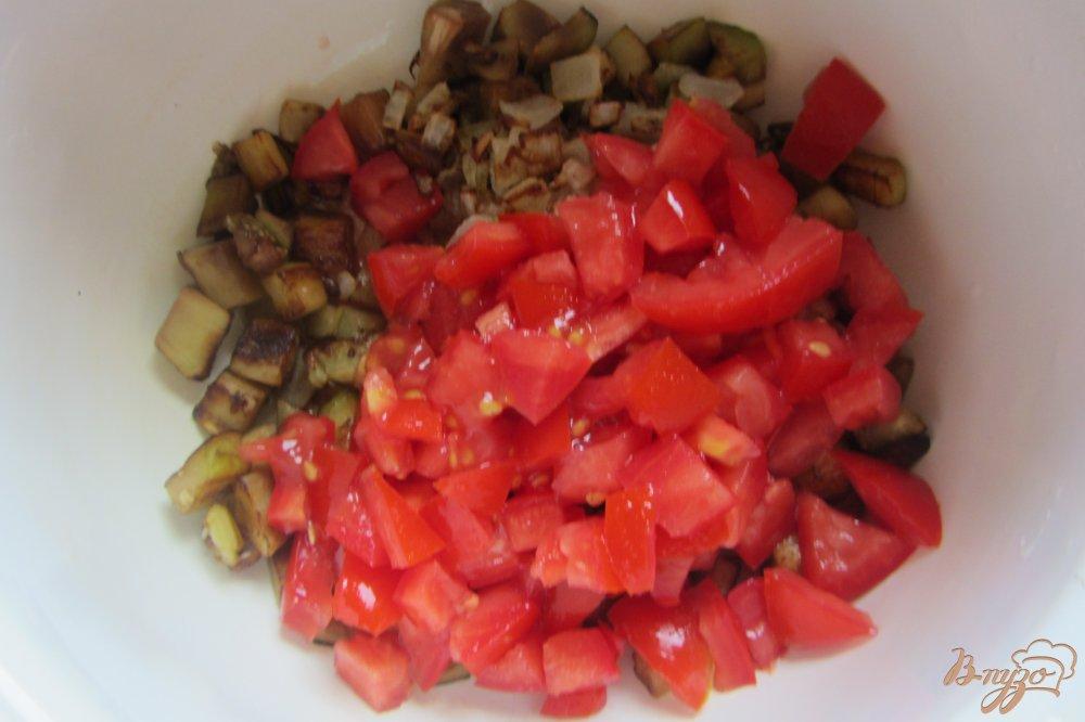Фото приготовление рецепта: Холодная закуска из баклажанов с помидорами шаг №6