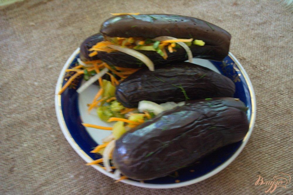 Фото приготовление рецепта: Фаршированные синенькие (баклажаны) шаг №4
