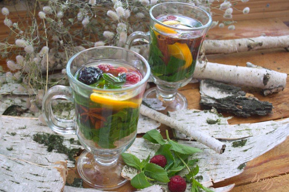 Фото приготовление рецепта: Деревенский настой с ягодами шаг №4